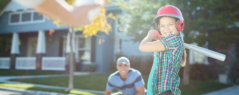 young-daughter-plays-softball